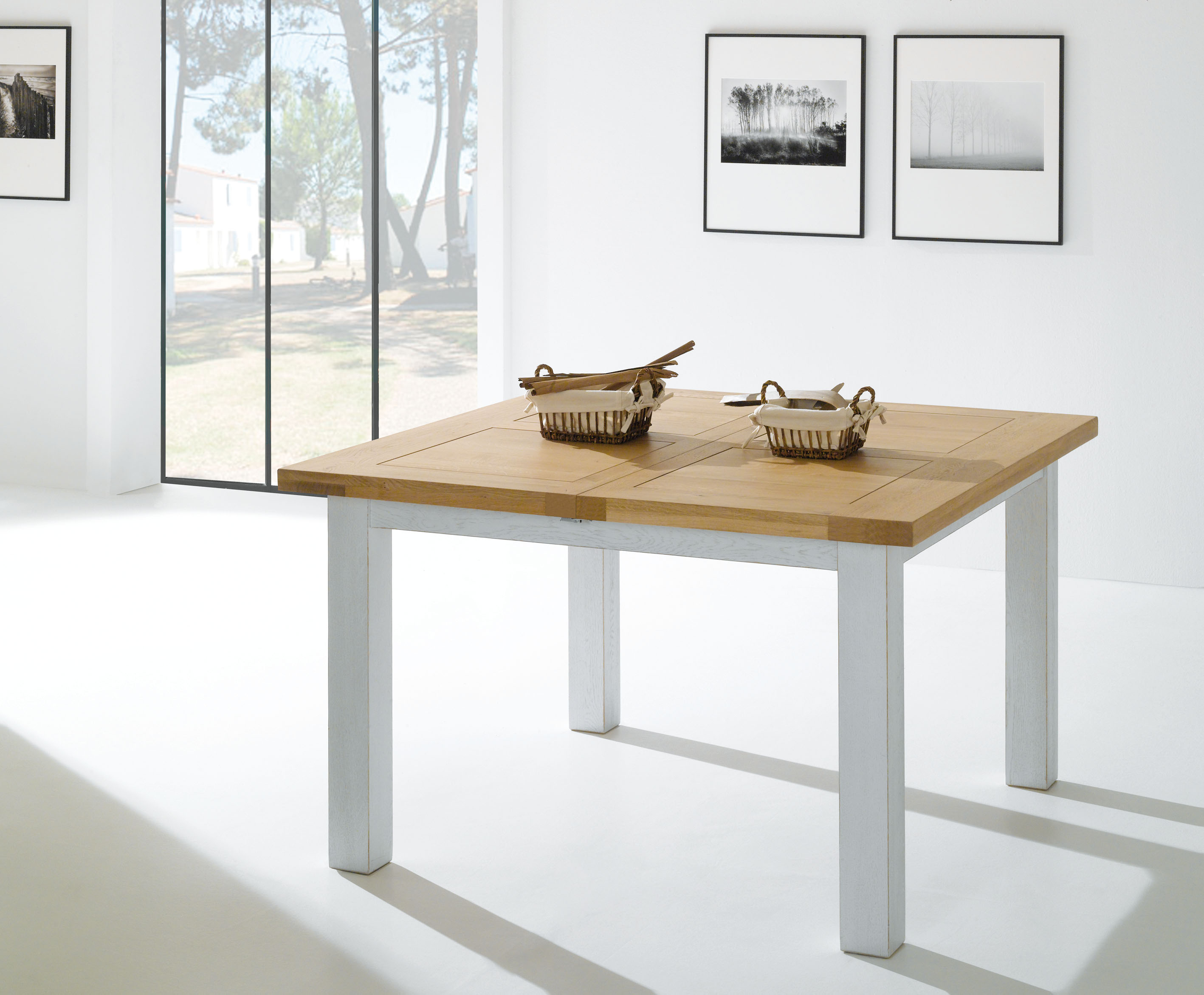ROM-Table carrée WHITNEY