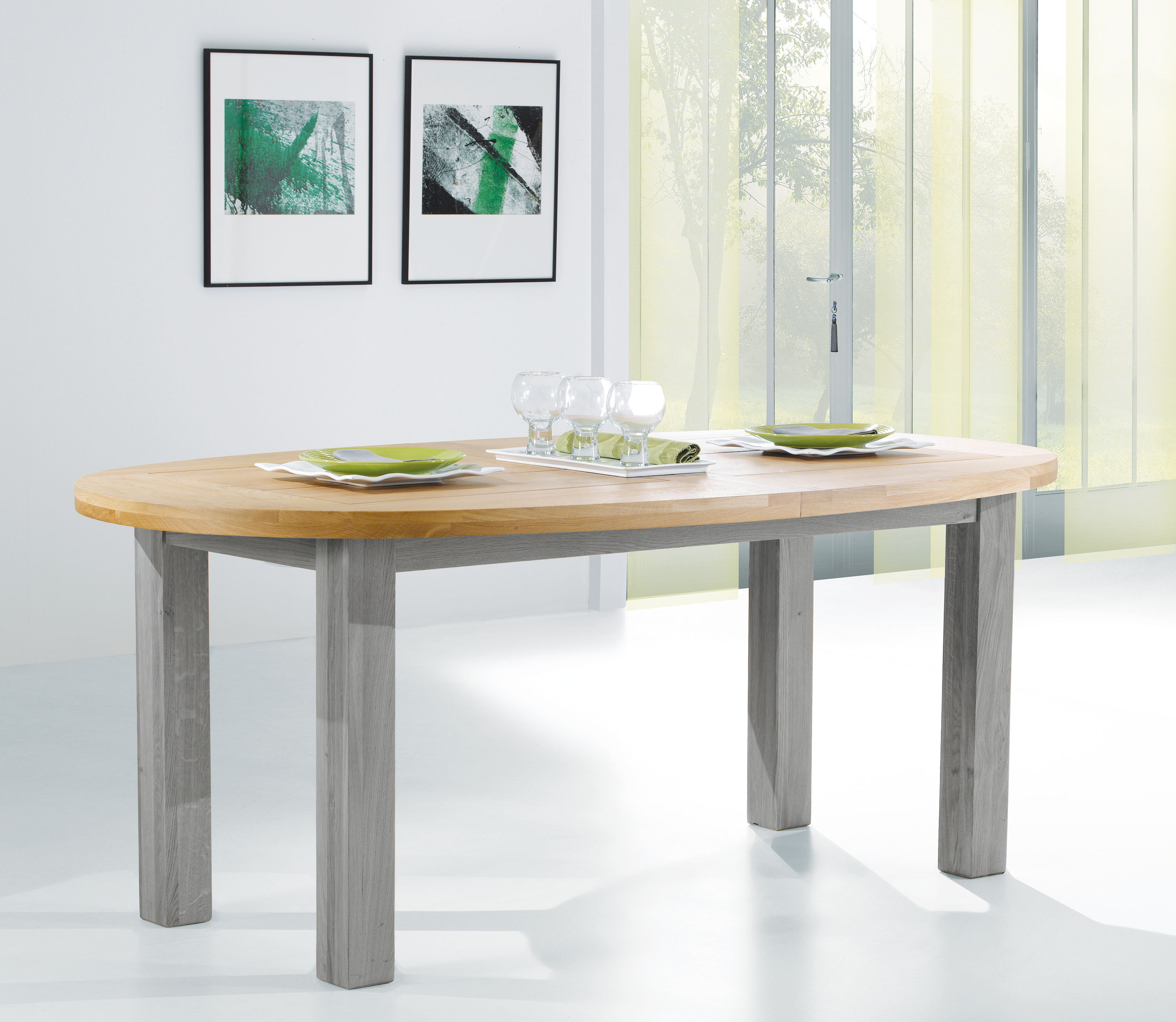 ROM-Table ovale WHITNEY